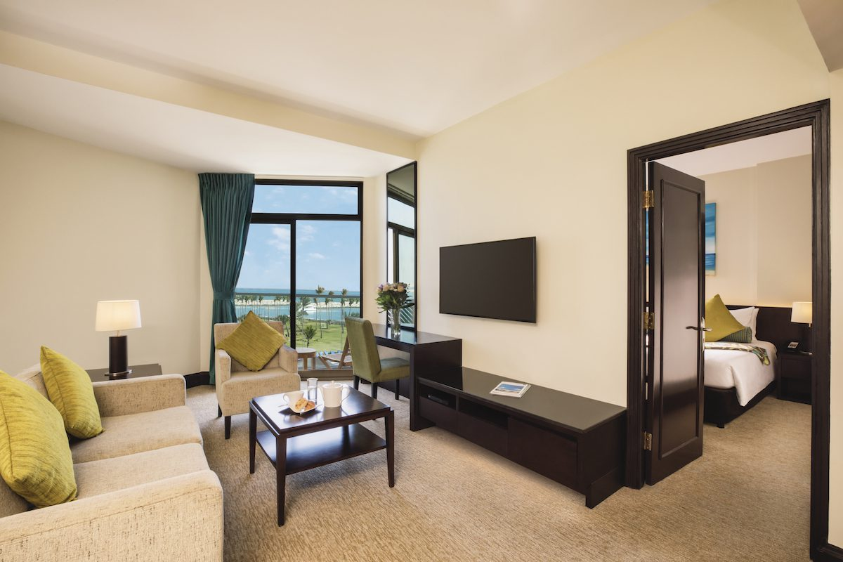 JA Beach Hotel One Bedroom Family Suite-Mirror touch