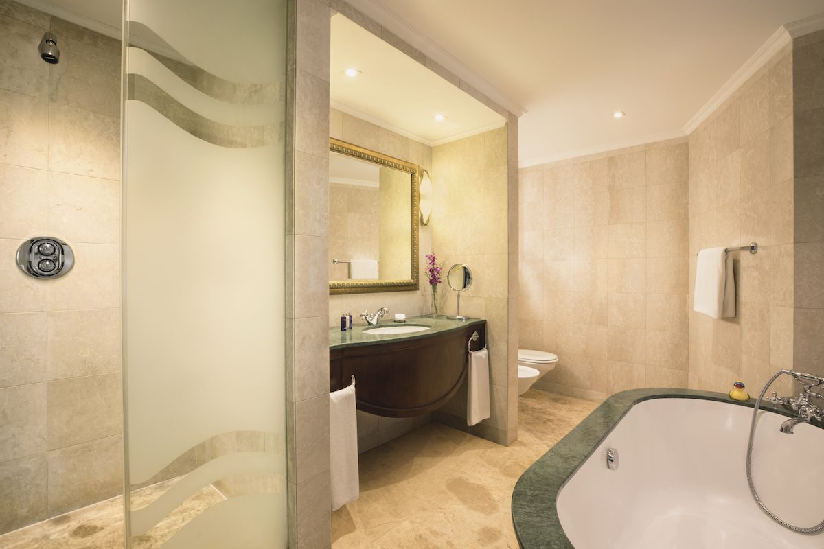 JA Beach Hotel Premium One Bedroom Family Suite Bathroom